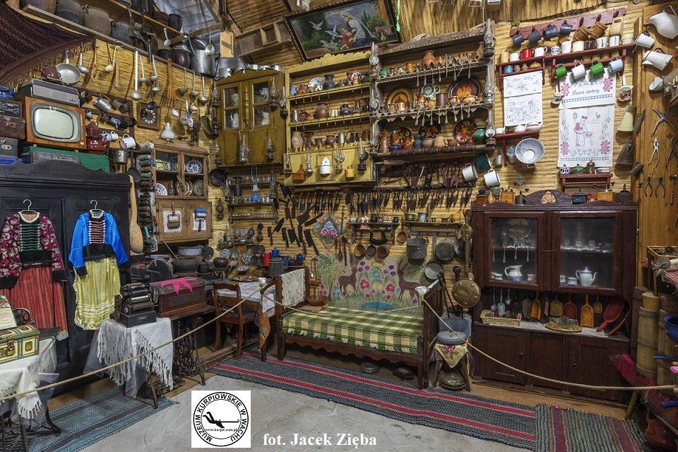 Część ekspozycji Muzeum Kurpiowskiego w Wachu - zdjęcie Jacka Zięby