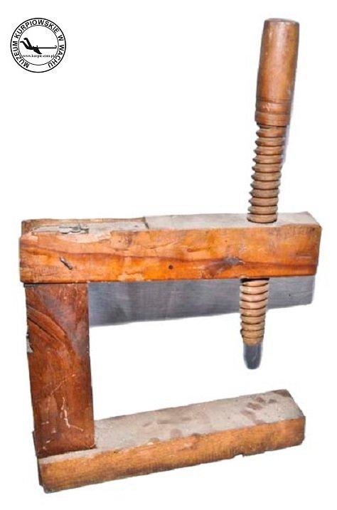 Drewniany ścisk