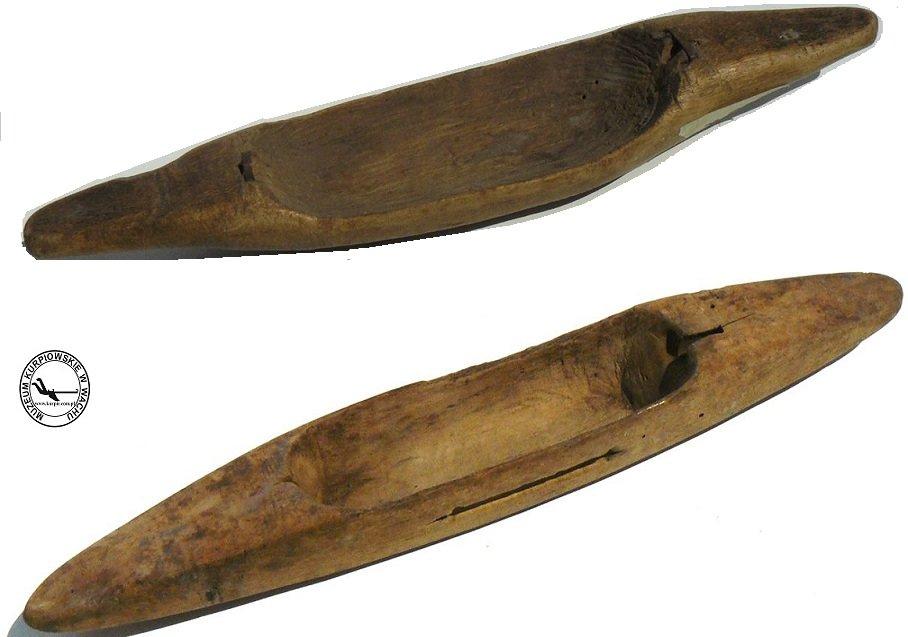 Cołenka - czółenka tkackie Muzeum Kurpiowskie w Wachu