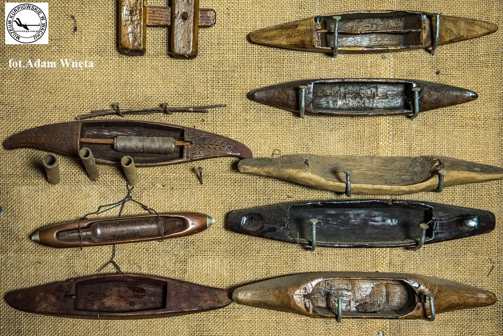 Czółenka (cołenka) tkackie Muzeum Kurpiowskie w Wachu